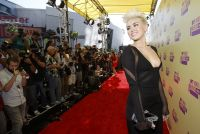Celebrities Wonder 91148098_miley-cyrus-mtv-vma-2012_3.jpg