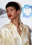 Celebrities Wonder 96591499_rihanna-4040_3.jpg
