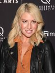 Celebrities Wonder 97924009_liberal-arts-premiere_Ari Graynor 2.jpg