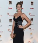 Celebrities Wonder 97950379_brazil-foundation-gala-party_Ana Beatriz Barros 2.jpg