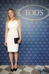 Celebrities Wonder 10245585_scarlett-johansson-tods_1.jpg
