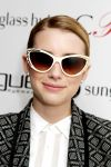 Celebrities Wonder 12098003_emma-roberts-vogue-eyewear_7.jpg