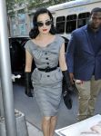 Celebrities Wonder 14309025_dita-von-teese-The-Wendy-Williams-Show_8.jpg
