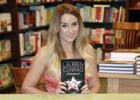 Celebrities Wonder 16942728_lauren-conrad-book-signing_3.jpg