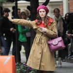 Celebrities Wonder 24866237_leighton-meester-gossip-girl-set_7.jpg