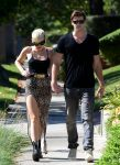 Celebrities Wonder 25079409_miley-cyrus-liam-hemsworth_2.jpg