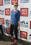 Celebrities Wonder 25852079_aids-walk_Leslie Bibb 1.JPG