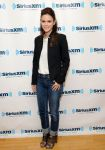 Celebrities Wonder 26183425_rachel-bilson-SiriusXM-Studio_2.jpg