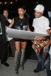 Celebrities Wonder 33216556_rihanna-soho_5.JPG