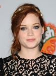 Celebrities Wonder 38194320_Fun-Size-premiere-Los-Angeles_Jane Levy 4.JPG
