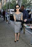 Celebrities Wonder 44846619_dita-von-teese-The-Wendy-Williams-Show_1.jpg