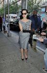 Celebrities Wonder 45957051_dita-von-teese-The-Wendy-Williams-Show_6.jpg