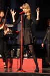Celebrities Wonder 49202161_taylor-swift-Good-Morning-America-performance_2.jpg
