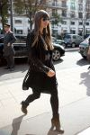 Celebrities Wonder 55286278_jessica-biel-paris_2.jpg