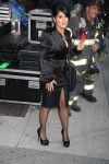 Celebrities Wonder 63395361_salma-hayek-letterman_2.jpg