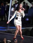 Celebrities Wonder 67561611_katy-perry-performing-campaign-rally-for-Barack-Obama_3.jpg