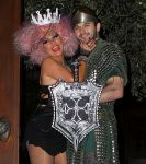 Celebrities Wonder 80098054_christina-aguilera-halloween_8.jpg