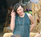 Celebrities Wonder 80265571_milla-jovovich-Mr-Bones-Pumpkin-Patch_8.jpg