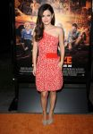 Celebrities Wonder 81355647_Fun-Size-premiere-Los-Angeles_Rachel Bilson 1.JPG