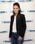Celebrities Wonder 8279921_rachel-bilson-SiriusXM-Studio_3.jpg