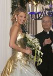 Celebrities Wonder 85729770_blake-lively-gossip-girl-wedding-scene_3.jpg