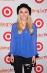 Celebrities Wonder 90861622_Target-Falling-For-You-event_AnnaSophia Robb 3.jpg