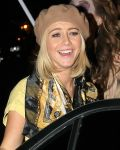 Celebrities Wonder 96357271_julianne-hough-halloween-party_4.jpg