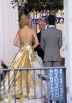 Celebrities Wonder 98490341_blake-lively-gossip-girl-wedding-scene_2.jpg