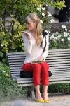 Celebrities Wonder 98513277_taylor-swift-Filming-Begin Again-music-video_2.jpg
