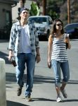 Celebrities Wonder 9988184_Mila-Kunis-Ashton-Kutcher_6.jpg
