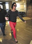 Celebrities Wonder 12451074_jennifer-lawrence-airport_2.jpg