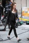Celebrities Wonder 15860216_kristen-stewart-today-show_3.jpg