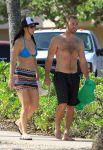 Celebrities Wonder 17555700_jennifer-lawrence-bikini-top_2.JPG