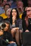 Celebrities Wonder 23705454_katy-perry-lakers-game_7.jpg