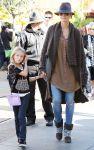 Celebrities Wonder 25361560_heidi-klum-la_4.jpg