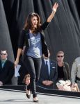 Celebrities Wonder 25996301_eva-longoria-Obama-Campaign_4.jpg