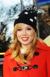 Celebrities Wonder 26114453_Macys-Thanksgiving-Day-Parade_Jennette McCurdy 2.JPG