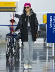 Celebrities Wonder 2728471_rihanna-jfk-airport_1.jpg