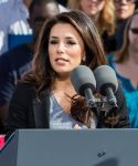 Celebrities Wonder 31220266_eva-longoria-Obama-Campaign_8.jpg
