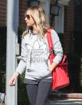 Celebrities Wonder 41649023_ashley-tisdale-vote_4.jpg