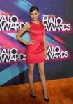 Celebrities Wonder 44765157_victoria-justice-2012-TeenNick-Halo-Awards_2.jpg