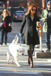 Celebrities Wonder 46954133_olivia-wilde-dog_4.jpg