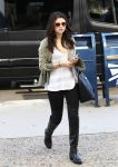 Celebrities Wonder 48534016_selena-gomez_1.jpg