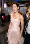 Celebrities Wonder 49281362_Twilight-Saga-Breaking-Dawn-2-premiere_Ashley Greene 2.jpg