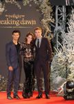 Celebrities Wonder 49543063_kristen-stewart-breaking-dawn-part-2-london_3.jpg