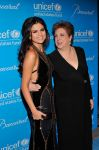 Celebrities Wonder 56636850_Unicef-SnowFlake-Ball_Selena Gomez 4.jpg