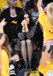 Celebrities Wonder 5817892_katy-perry-lakers-game_3.jpg