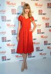 Celebrities Wonder 61840210_taylor-swift-Westfield Shepherd-Bush-Shopping-Centre_1.jpg