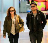 Celebrities Wonder 62068281_kristen-stewart-JFK-Airport_7.jpg