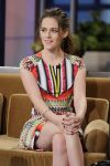 Celebrities Wonder 63121123_kristen-stewart-jay-leno_6.jpg